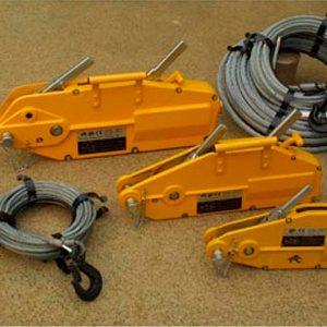 Goodwinch GP1 Handwinch, 1.5 tonne nominal (800kg SWL), c/w 20m x 8mm wire rope